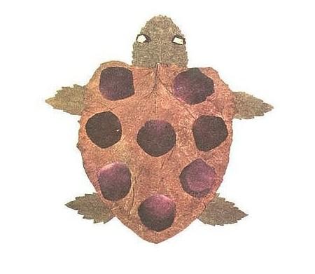 幼儿园树叶做乌龟